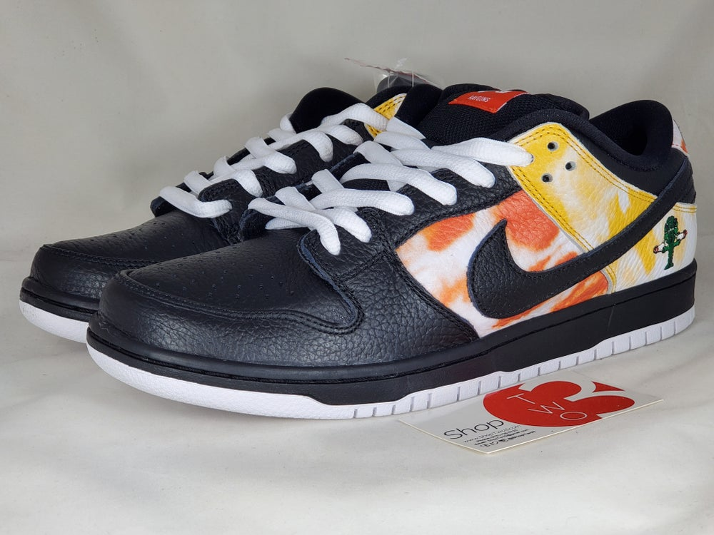 Image of Nike SB Low Pro QS Black Ray Gun
