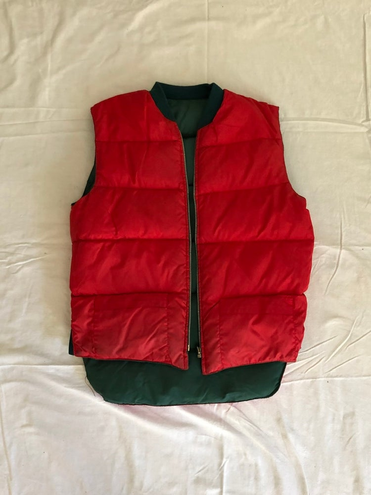 Image of REVERSIBLE Red/Green Puffy Vest