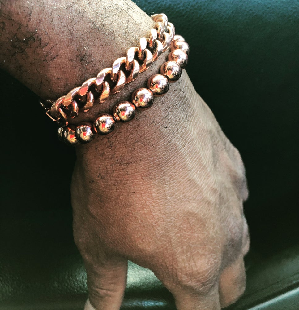 Image of Solid 8mm Copper Ball Stretch Bracelet