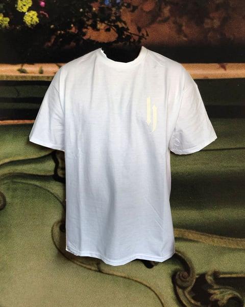 Image of basic logo shirt white