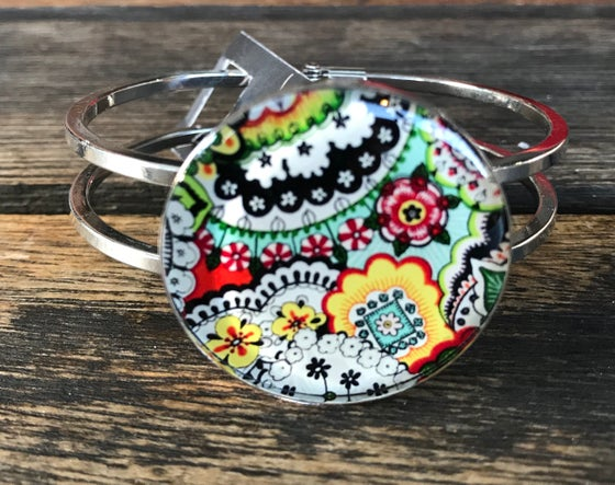 Image of Resinate bracelet -bright lace