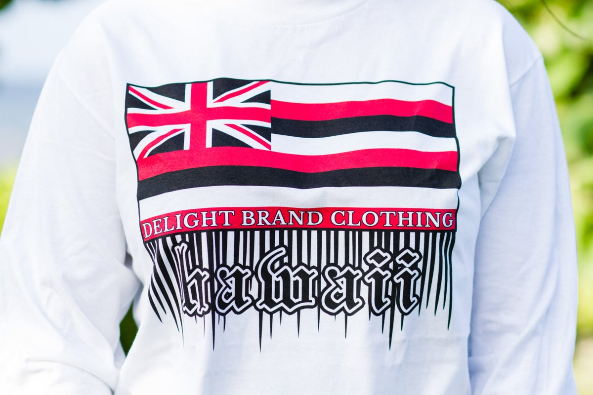 Hawaii Flag Drips Longsleeve (White)