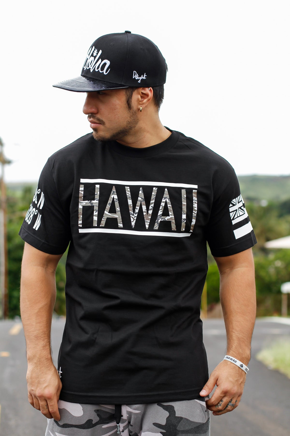 Hawaii Coordinates Tee (Black)