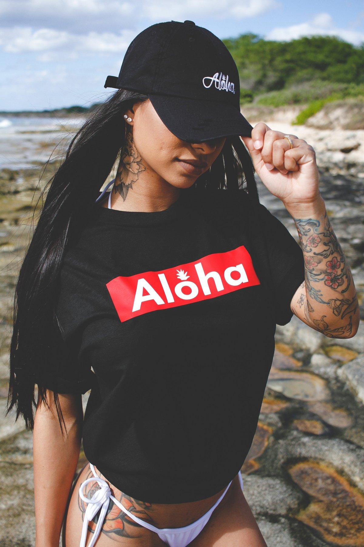 Aloha Slapped Tee (Black)