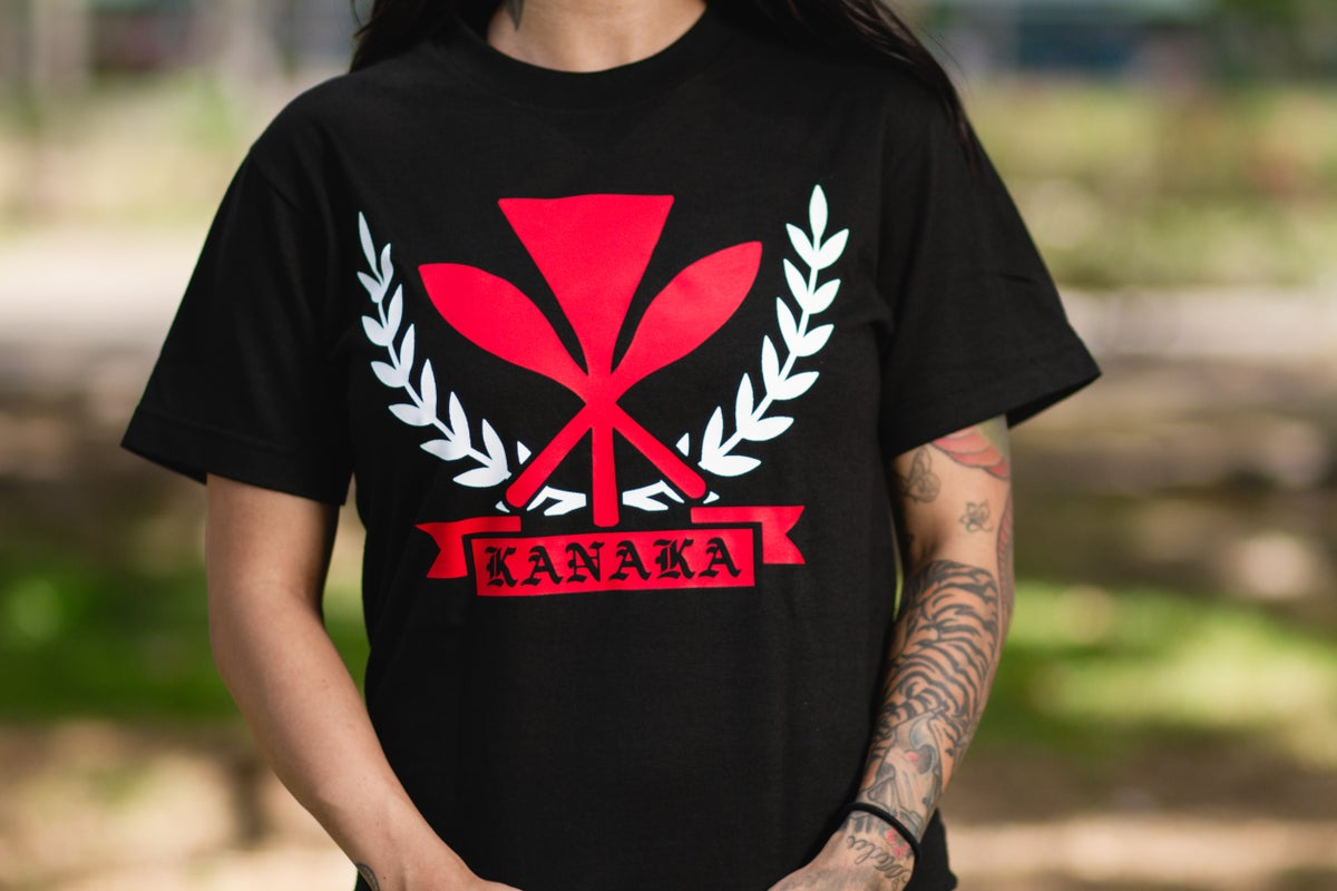Kanaka Crest Tee (Black/Red)