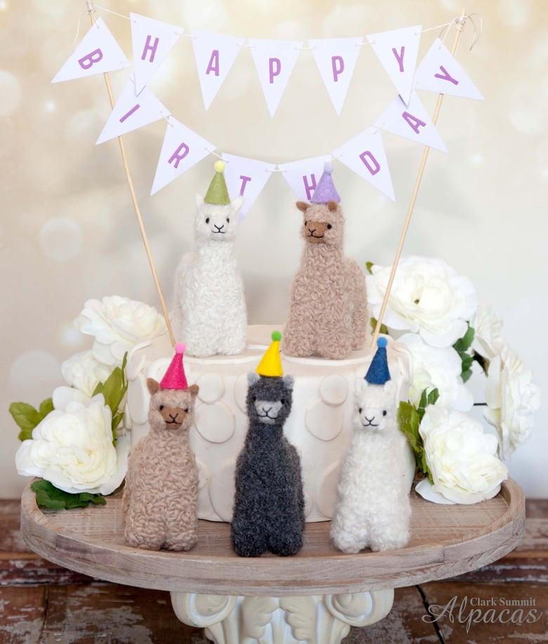 Image of Happy Birthday Mini Alpaca Gift - Real Alpaca Fiber - Llama Alpaca Party