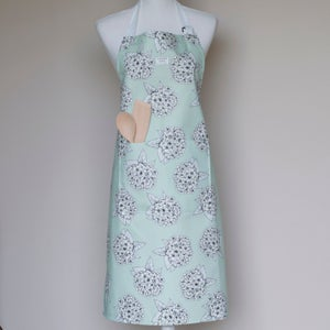 Image of Hydrangea apron in green