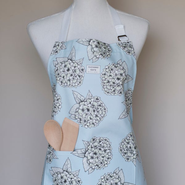 Image of Hyrangea apron in blue