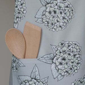 Image of Hydrangea apron in grey