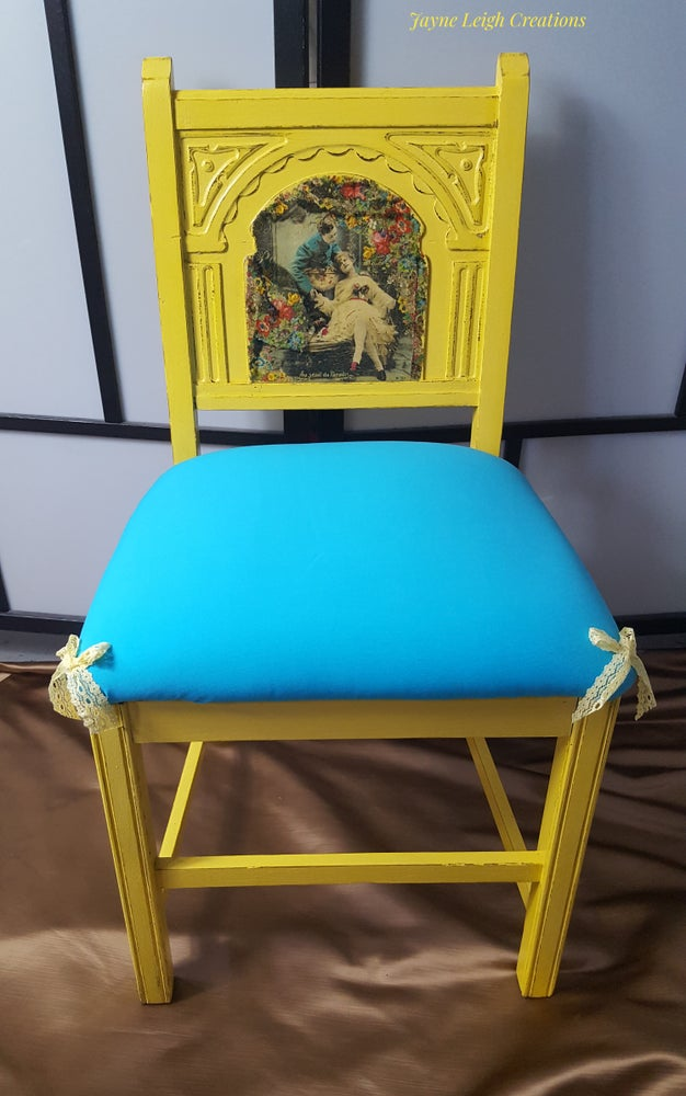 Image of Shabby Chapel Chair