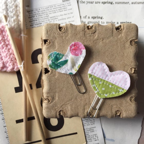 """Image of """"Spring Floral"""" Itty Bitty Quilted Heart Clips Set of 2"""