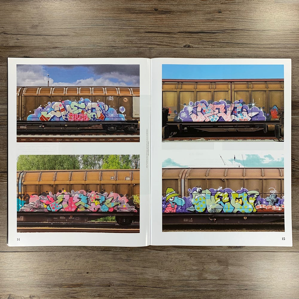 Image of 32 NOTES ON GRAFFITI.