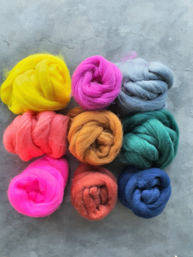 Image of Colourful roving