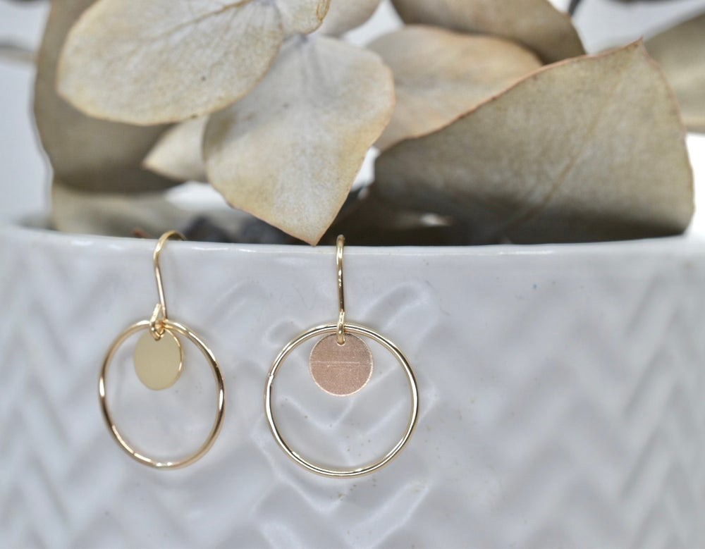 Image of Petite Orbit Earrings