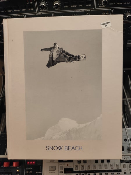 Image of Snow Beach: Snowboarding Style 86-96