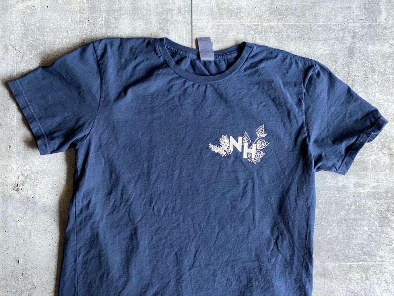 Image of Vintage Navy Botanical Live Free or Die Shirt