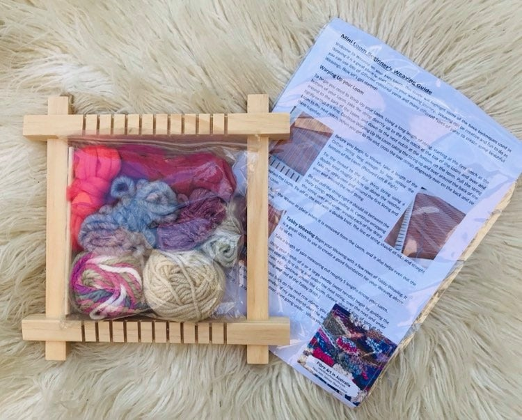 Image of Mini Weaving Kit with Fibre Pack and with Instructions 3