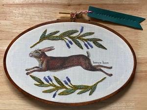 Image of Embroidered Frame Nature Portrait - Oval Hoop