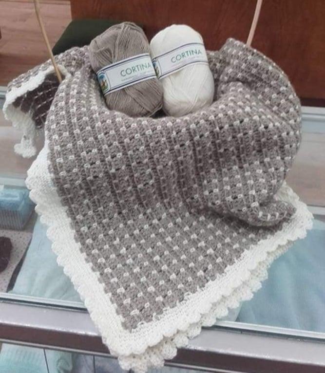 Manta de bebe em croché