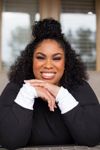 Image of Angie Thomas