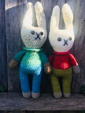 Image of Retro Bunny Yarn Kits