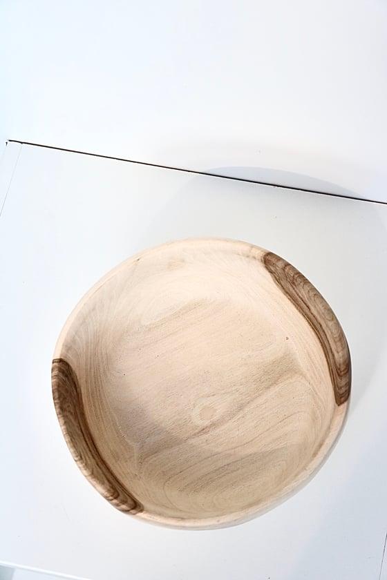 Image of Saladier en bois de noyer
