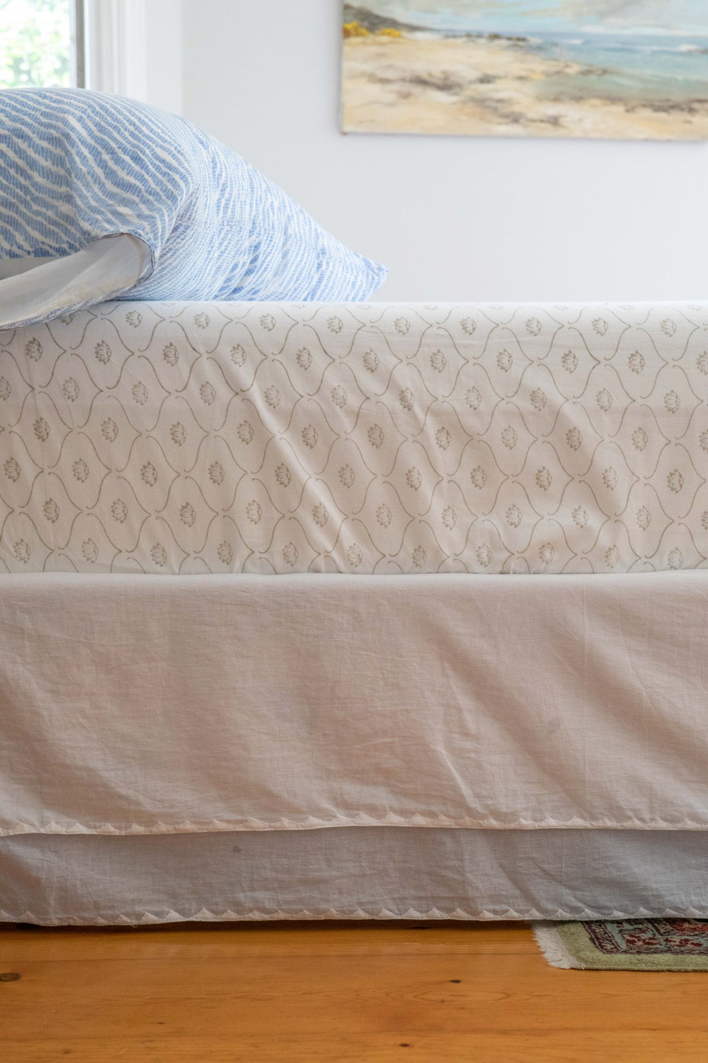 Image of Ivory Staight Bedskirt