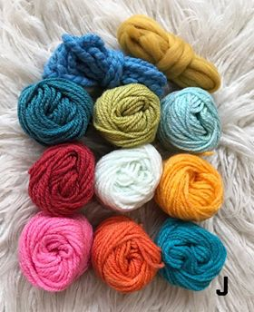 Fibre Packs for Creative Projects. These Packs include some Thick Yarn and Roving 3