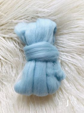 Image of Wool Roving 3