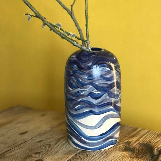 Image of Spring vase - Waves