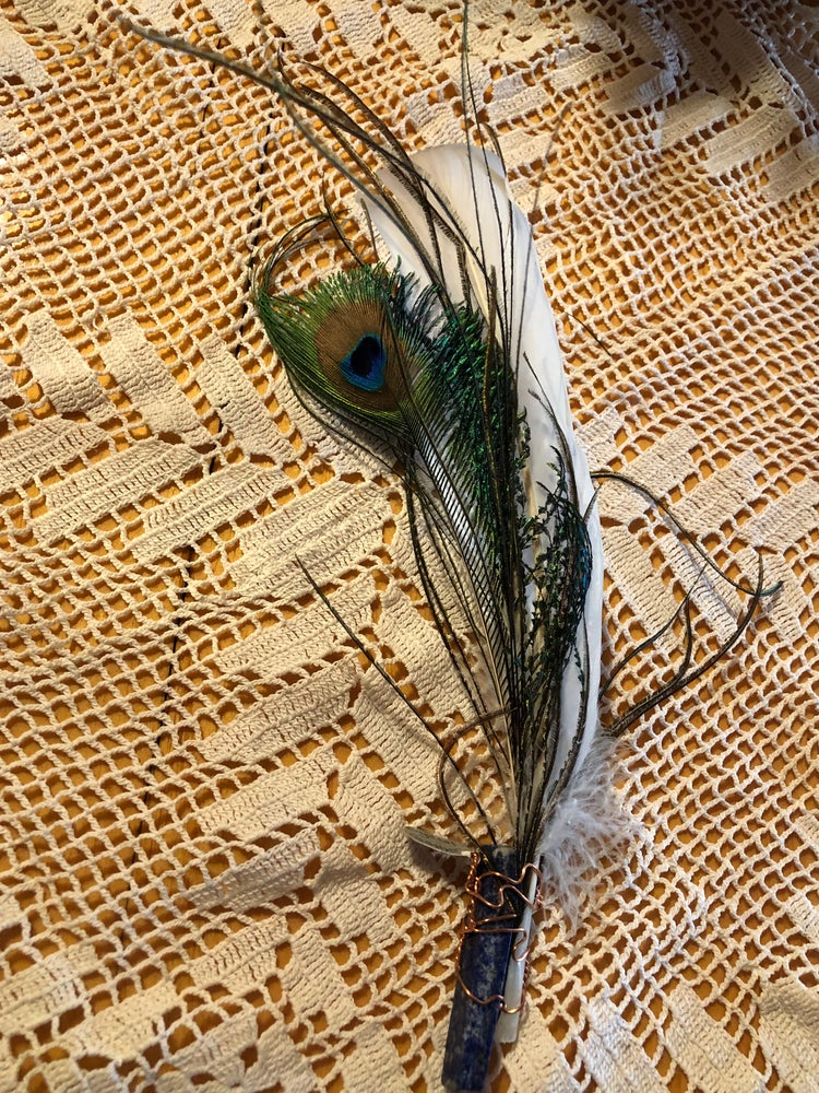 Image of Peacock Feather with Lapis Lazuli