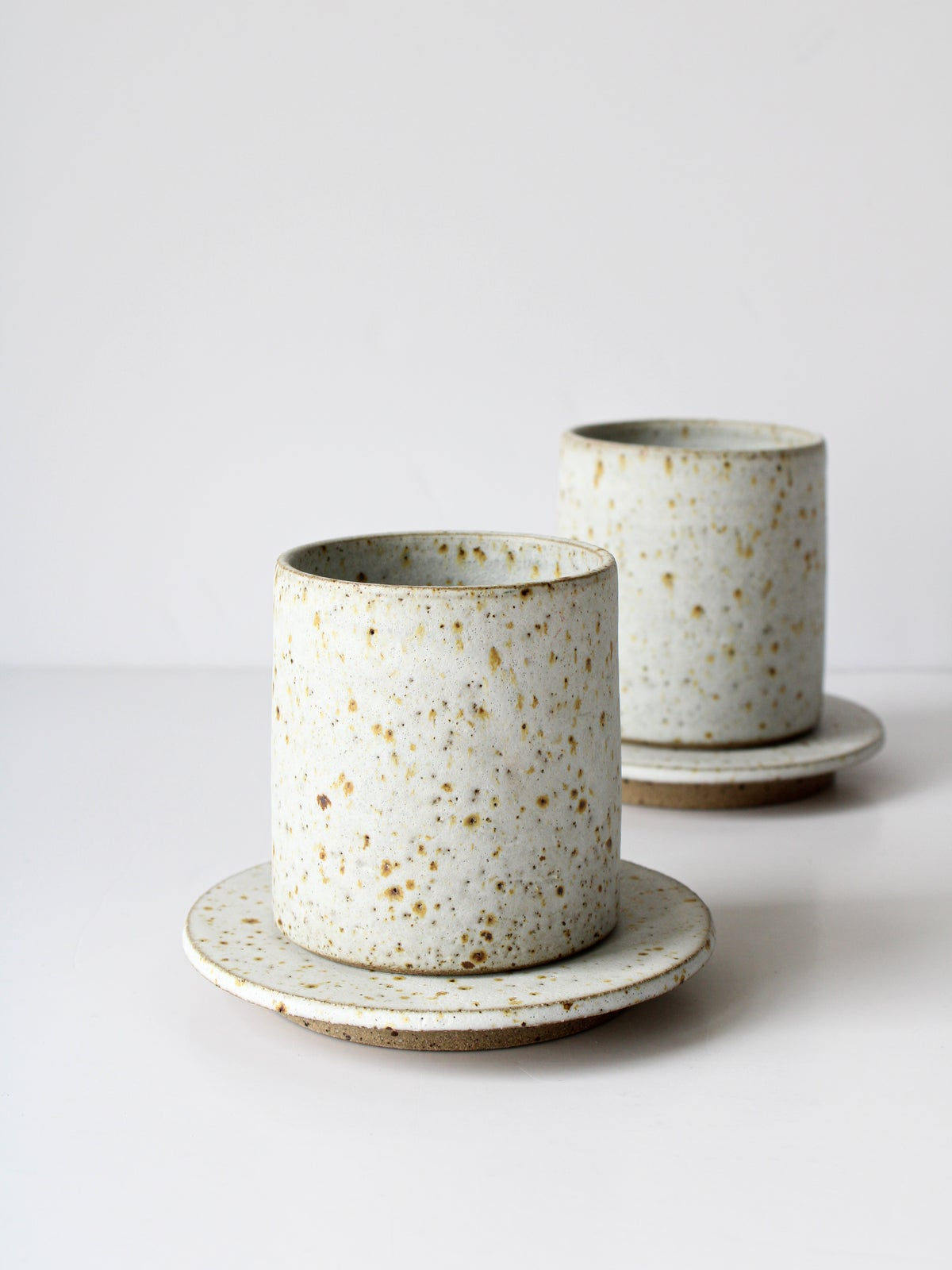 Image of cup with saucer