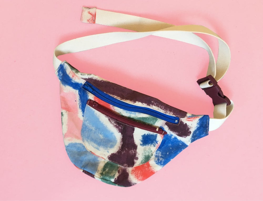 Image of PAINTED WAIST BAG