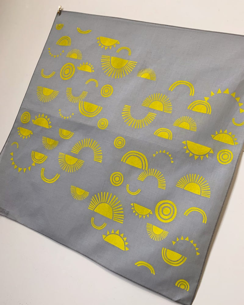Image of Sun Print Bandana in Gray and Yellow