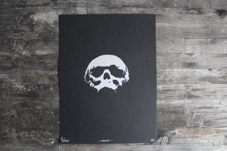 Image of Moons (The Skull)