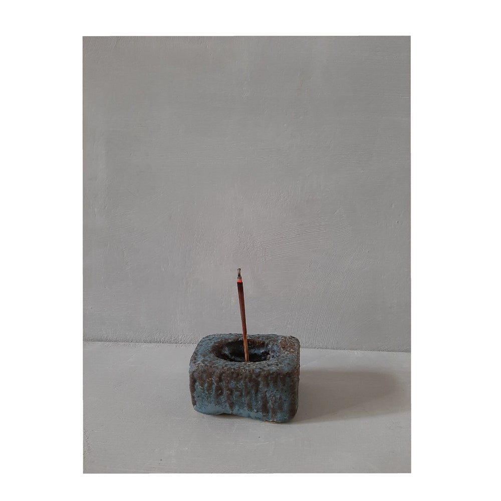 Image of o r b  incense burner | incensario o r b