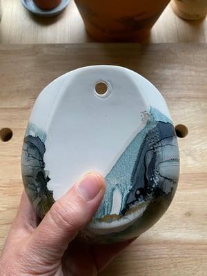 Image of Medium Wall Pocket - D