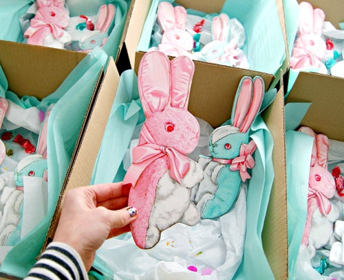 Image of Vintage inspired stuffed Bunny plaque (pink or blue)