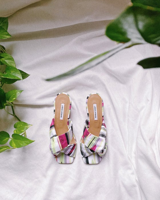 Image of CLAUDE Malibu sandals About Arianne