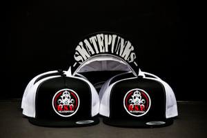 Image of Black/White 5 panel Recon Skatepunks Patch mesh snapback hat w/Skatepunks under bill print