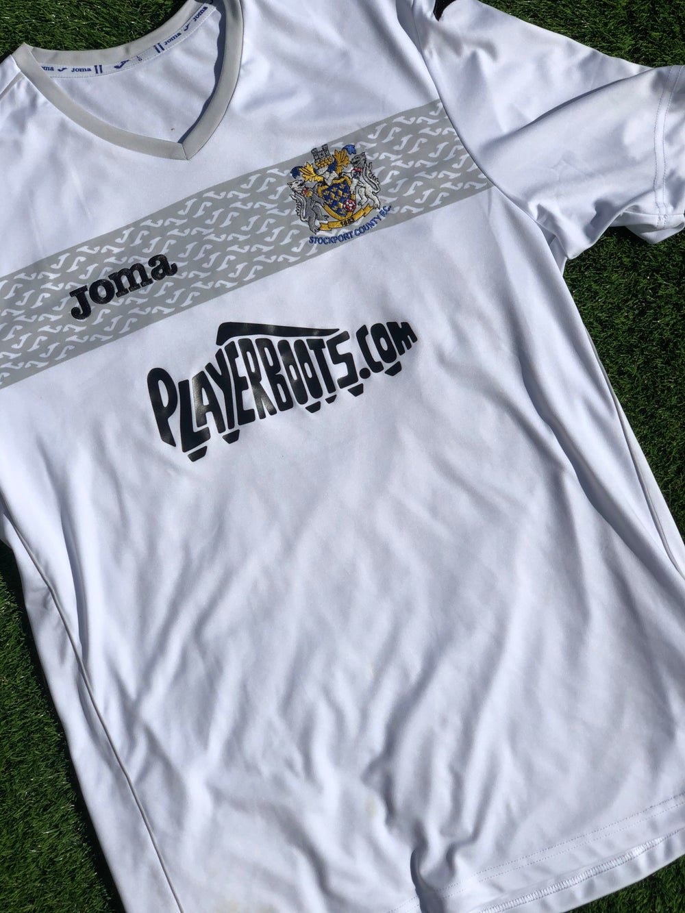 Image of Replica 2014/15 Joma Away Shirt