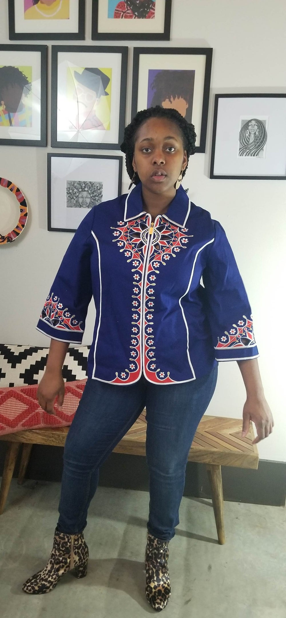 Image of 70's Esque Cut Out Embroidered Top XL/Women's Plus Size 1X
