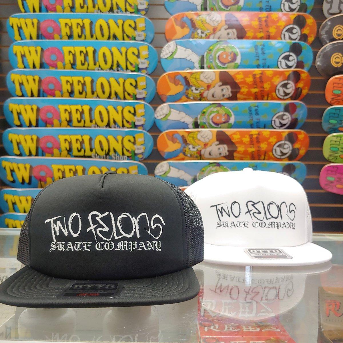 "Two Felons ""Thug"" soft trucker (BLK)"