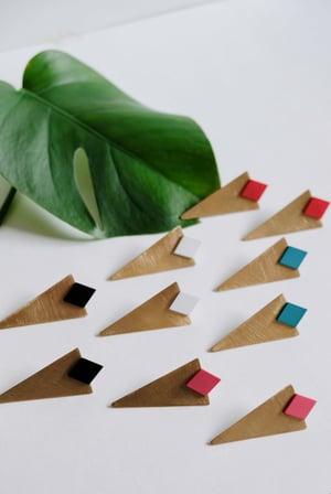 Image of Triángulo alargado (varios colores)
