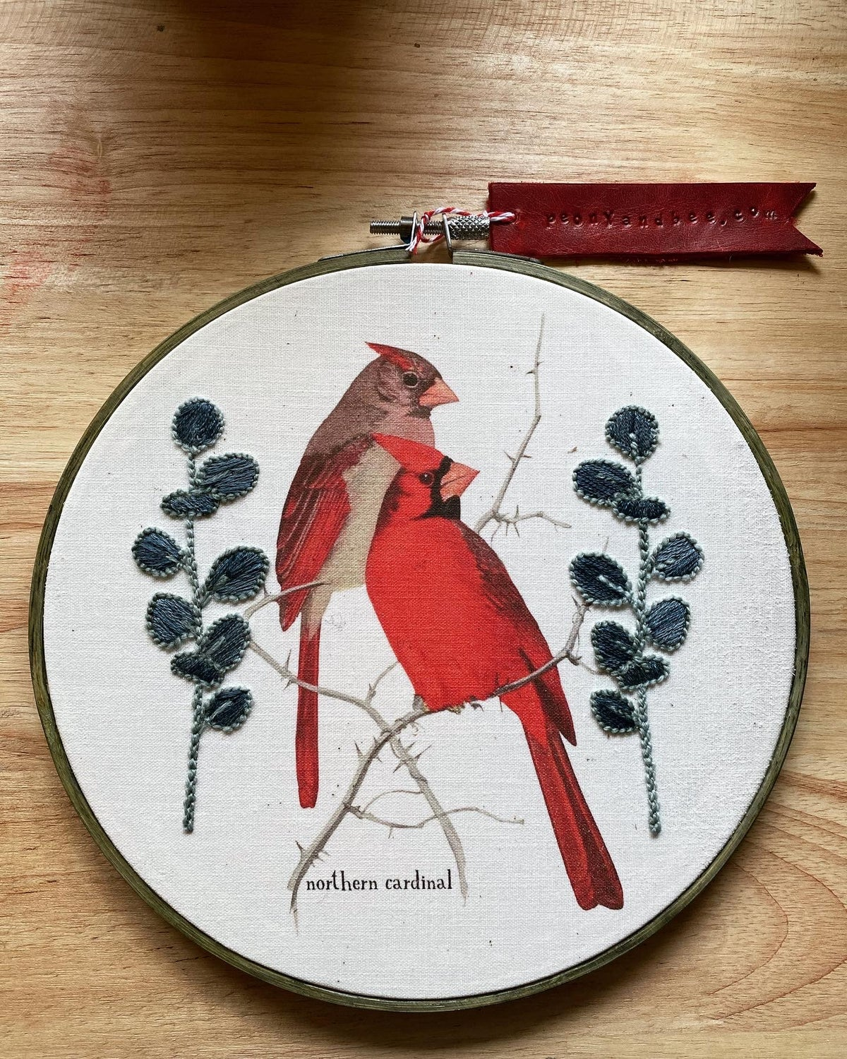 Image of Embroidered Frame Nature Portrait - Cardinals