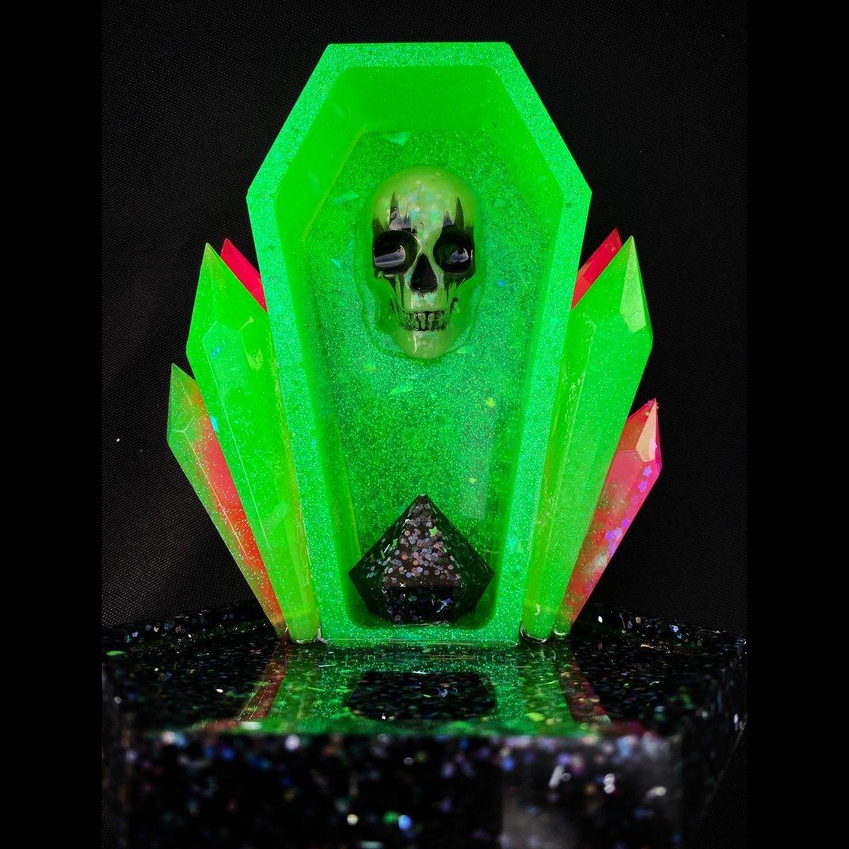 Image of Neon Crystal Skull Altar