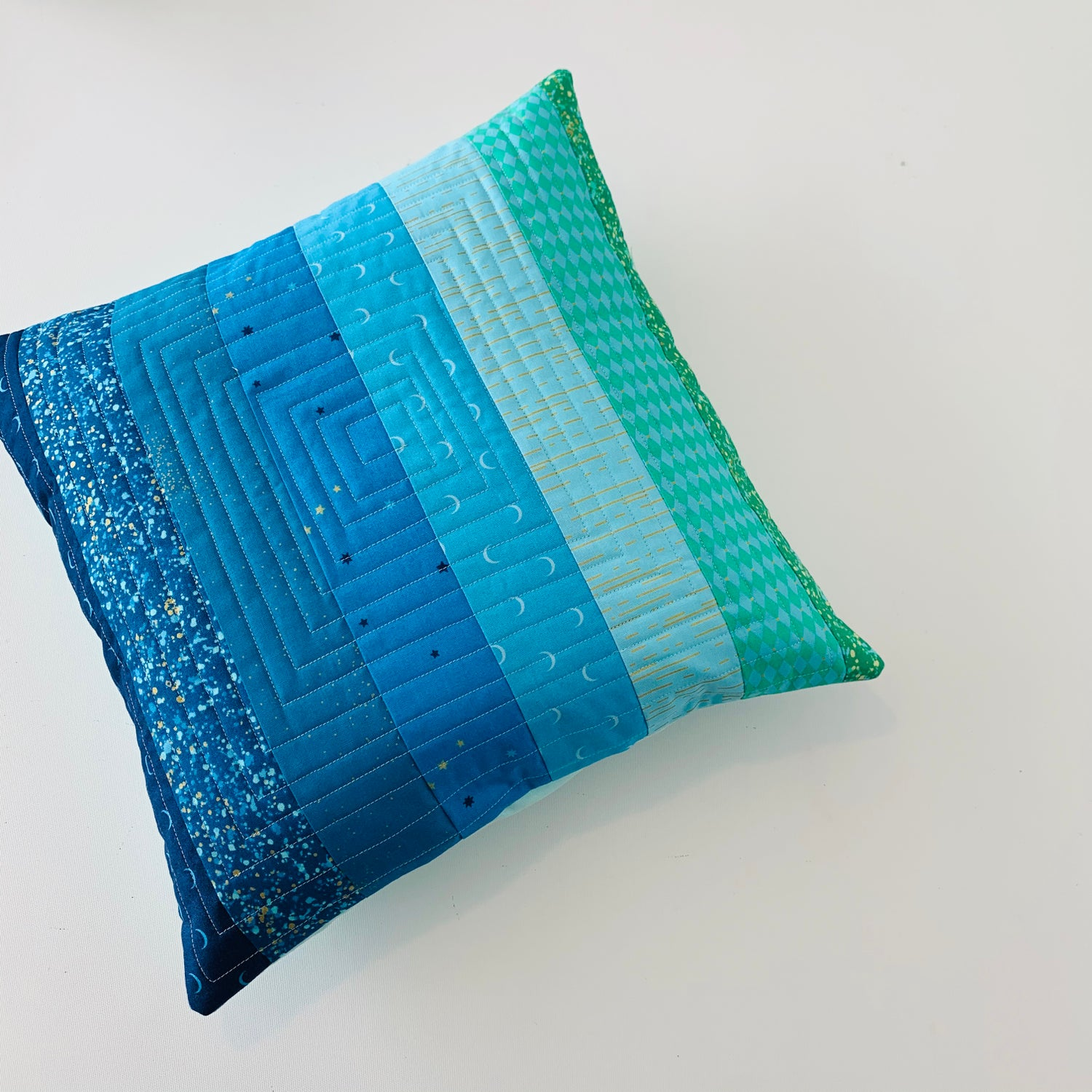Image of Piece Maker Cushion Pattern