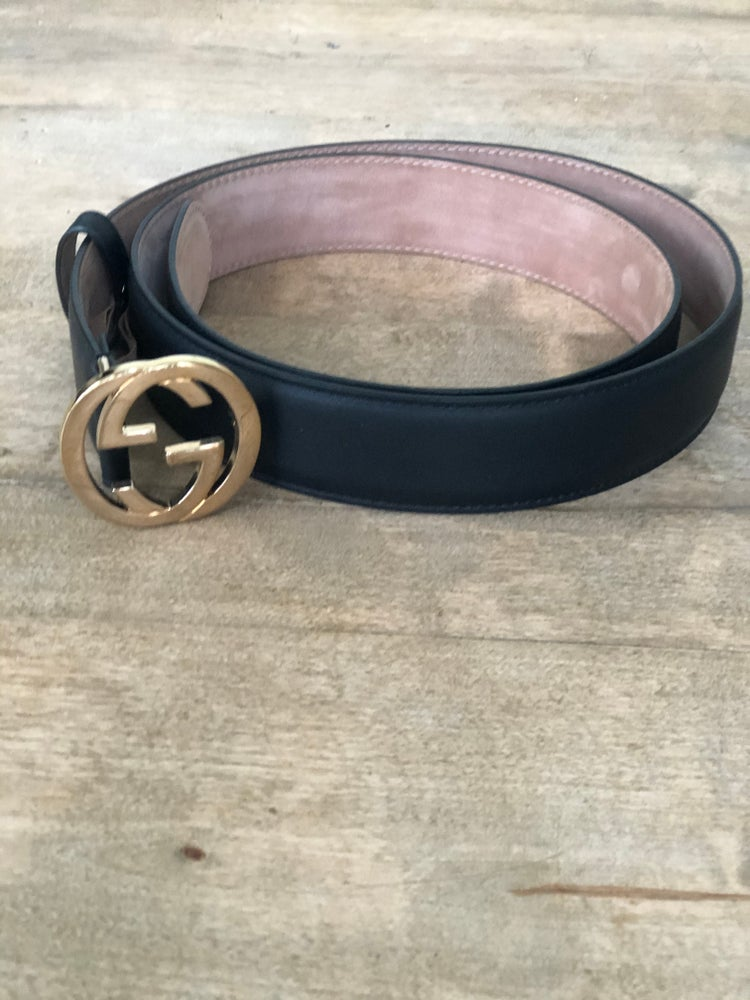 Image of Authentic Women's Gucci Blk Leather Belt