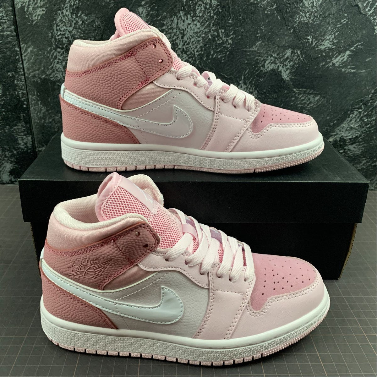 Image of AJ 1 Digital Pink