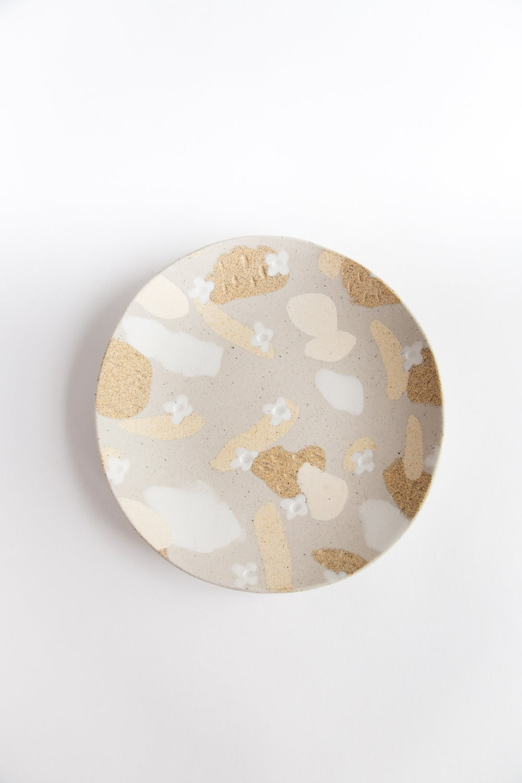 "Image of Pale Dessert Flowers - Platter 8"" Round"